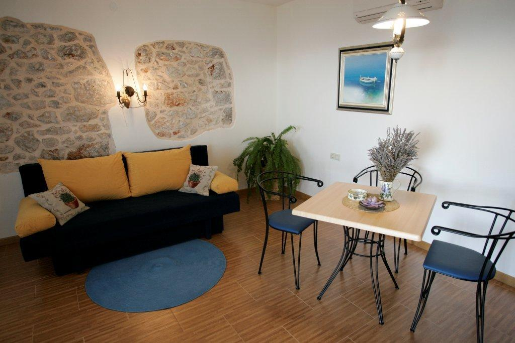 Apartment Lavender in Villa Perka in Hvar with swimming pool